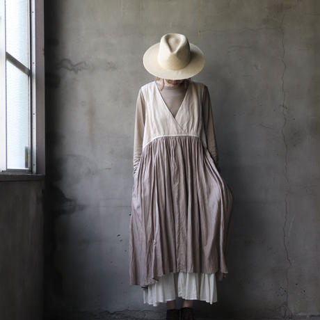 cavane キャヴァネ / Cache-coeur dressワンピース / ca-21041