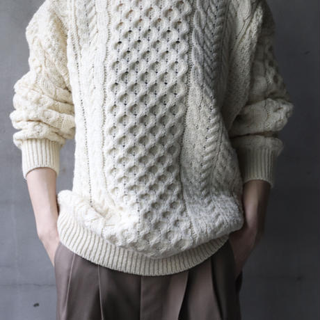 aran woollen millsアラン ウーレンミルズ   /  Traditional Aran Sweaterニット/ ar-A825