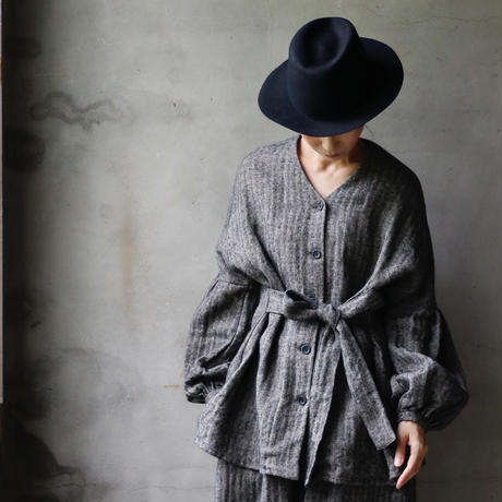 cavane キャヴァネ /  Puff-sleeve long blouseパフスリーブロングブラウス / ca-18082BL