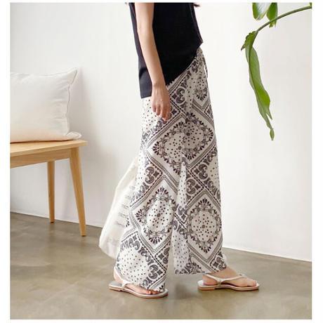 bandanna print relax pants