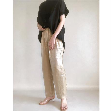 shiny satin taperd pants