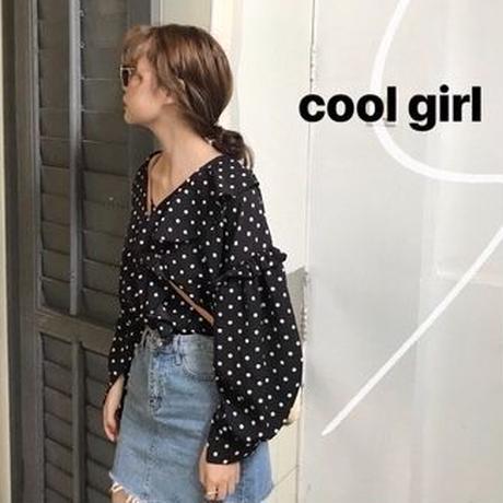 dot frill blouse