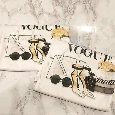 VOGUEロゴヒールTシャツ