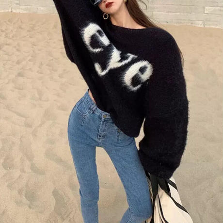 eyeロゴニットセーター 2色展開