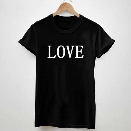 LOVEロゴTシャツ 2色展開