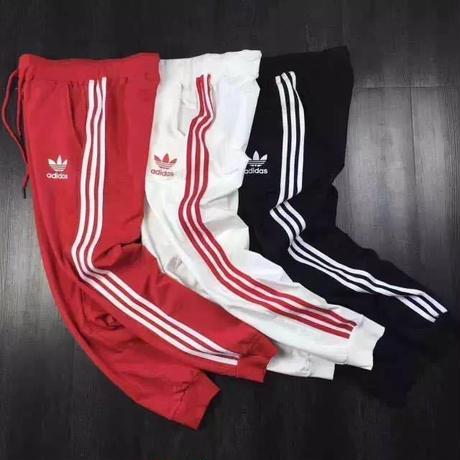 人気美品★アディダス adidasスウェットパンツ ジョガーパンツ トレーニング 男女兼用 ジャージパンツ 3本ライン