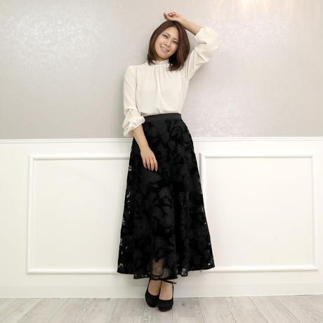 オパール刺繍ベロアロングスカート(ブラック)