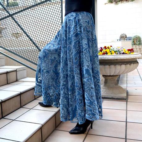 オパール刺繍ベロアサーキュラーパンツ(ブルー)