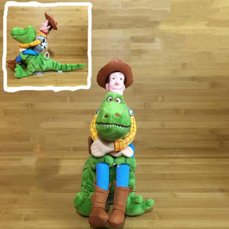 トイストーリー カーアクセサリー フィギュア レックス & ウッディ 人形 恐竜 車 大人気★