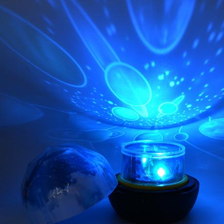 【スタープロジェクター】 星空ライト プラネタリウム ベッドサイド 【ナイトライト】