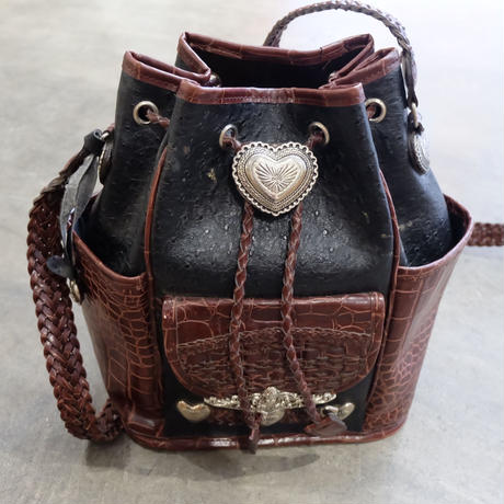 Vintage   Concho Leather Bag