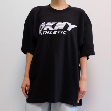 VINTAGE   DKNY TSHIRTS