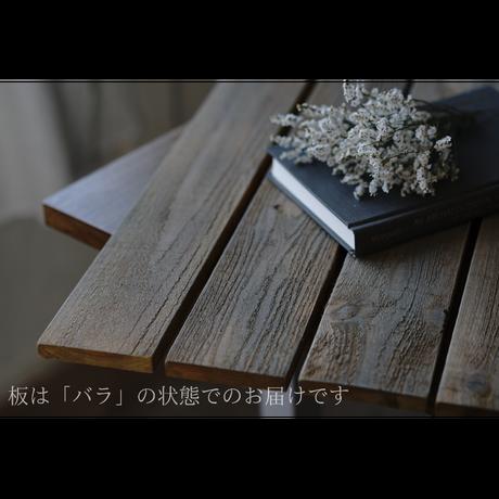 60サイズ:オールドカフェテーブルテイストの板壁スタイリングボード
