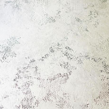 A1:グレイがかった白「アッシュホワイト」