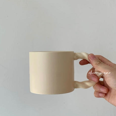 【一部即納】うねうねハンドルのマグカップ