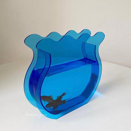 金魚鉢のフラワーベース