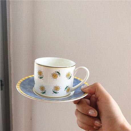 ひまわりとネイビーのカップ&ソーサー
