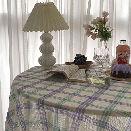 パープルとグリーンのチェック テーブルクロス