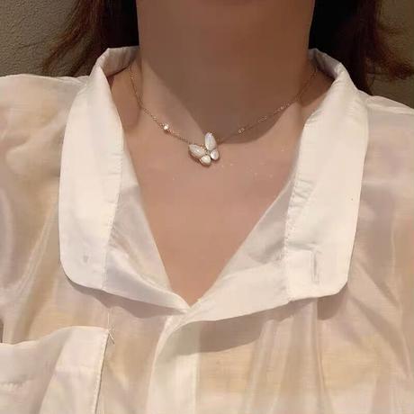 グロッシー バタフライ/ネックレス