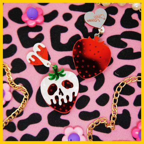 【両耳セット】 Poison Strawberry