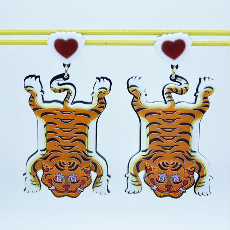 Tiger Carpet Earrings/Ear clips