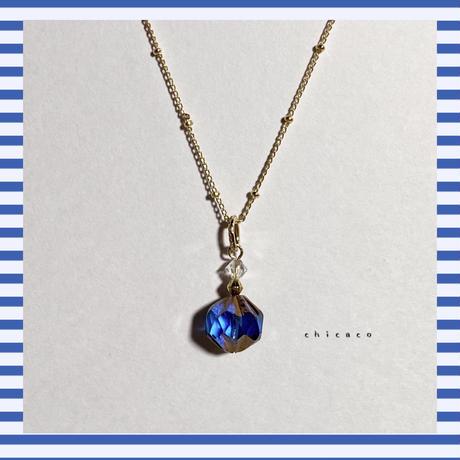 カプリブルーチェコガラスのネックレス