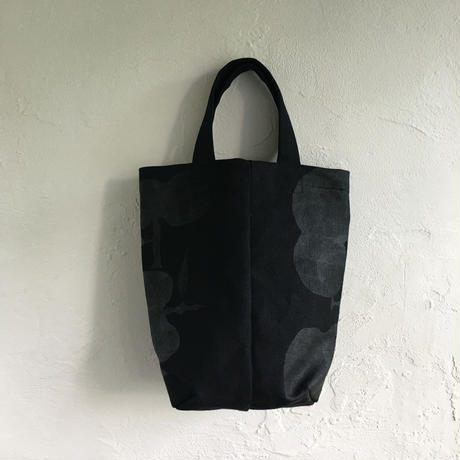 BeBe りんご 定番TOTE 黒