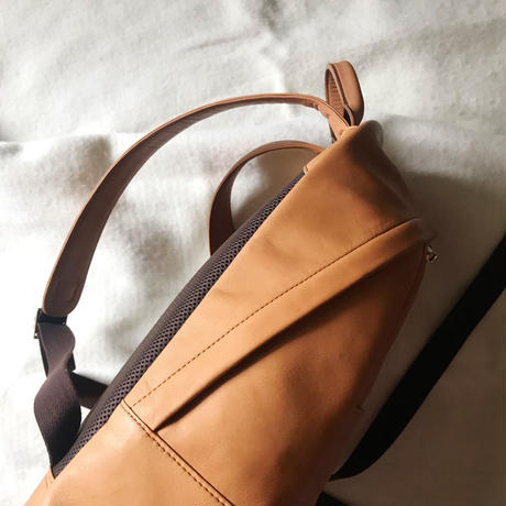 【leather backpack】