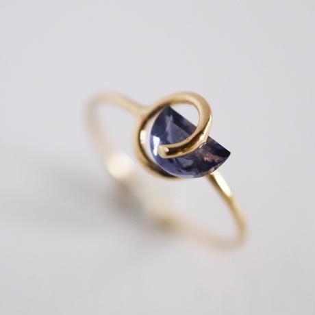 Circle ring / Iolite
