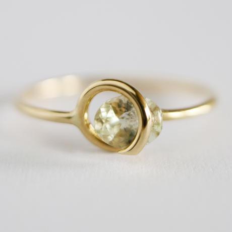 Circle ring /  Green Tanzanite 2