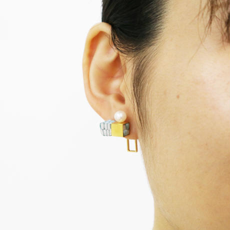 Cube / Pierced Earring Gray ピアス