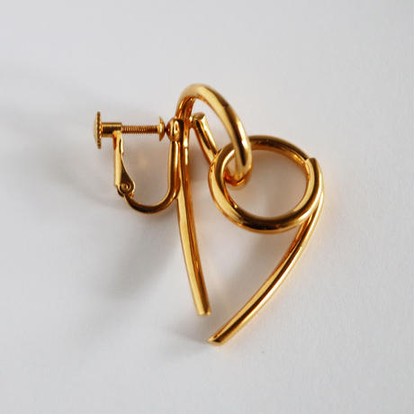 Chienowa / Clip on Earring Gold イヤリング(左耳用)