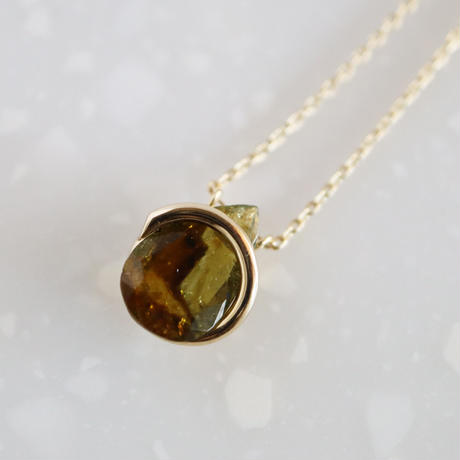 Circle / Necklace  Andalusite
