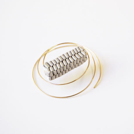 Ripple /  Pierced Earring (by piece for left) Gray    左耳用ピアス