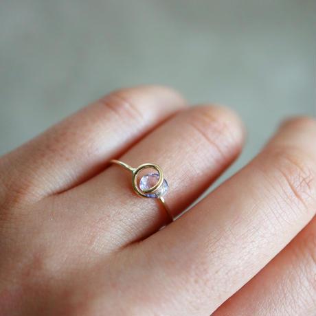 Circle ring / purple sapphire
