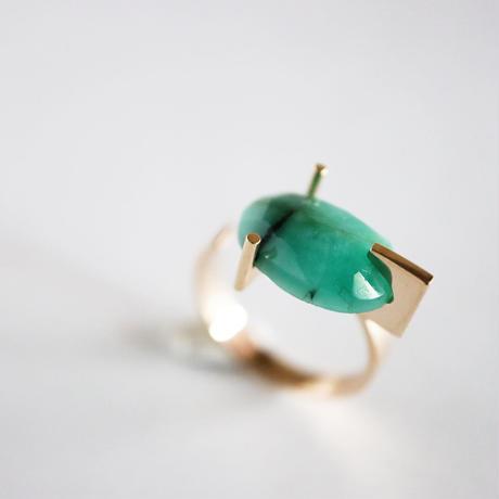 T ring / Emerald