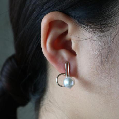 Rail / Clip on Earrings  K10  White イヤリング