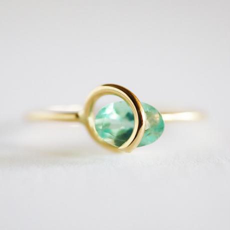 Circle ring / Apatite