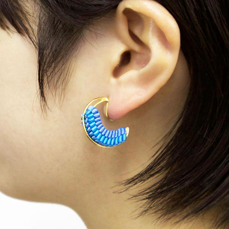 Luna / Clip on Earring Ultramarine イヤリング