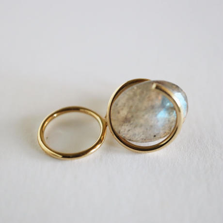 Circle / Clip on Earring Labradorite イヤリング (single)