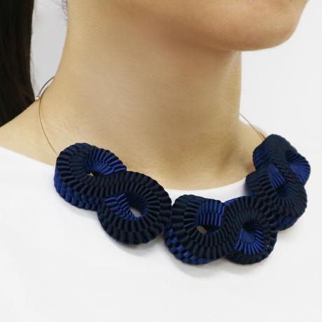 Mobius / Necklace Navy