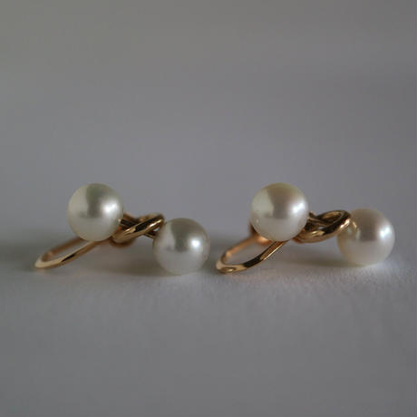 Pendulum /Clip on Earrings  K10  White イヤリング