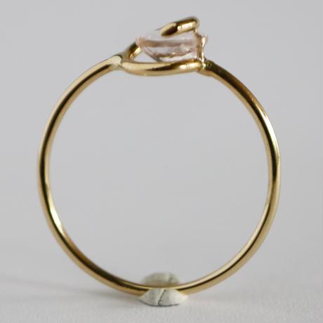 Circle ring /  Morganite 2