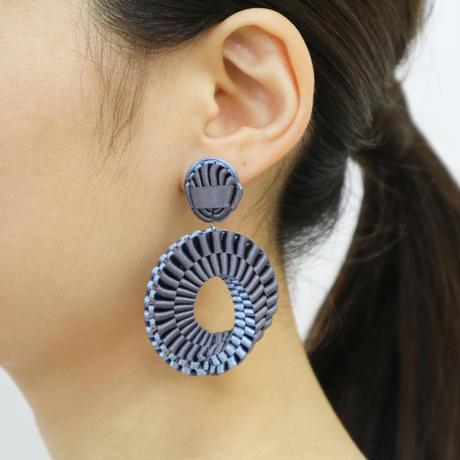 Mobius /  Pierced Earrings    Charcoal イヤリング