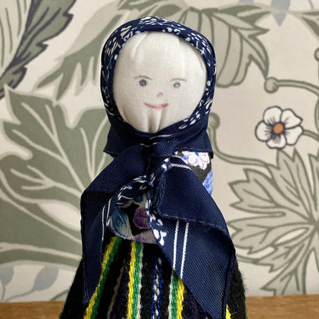 Kihnu島人形*黒いkört