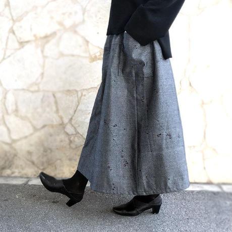 82cm丈、きものリメイクロングスカート、繻子織、グレーブラック、桃