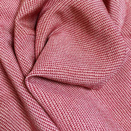 きものリメイク、可愛いイチゴ赤の総しぼ正絹サルエルパンツ