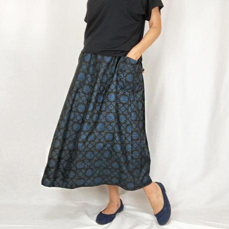 きものリメイク、藍が涼やかな大島着物ロングスカート、フリーサイズ