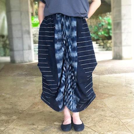 再販!手織り綿、絣織り変わりロングスカート、インディゴ、オールシーズン