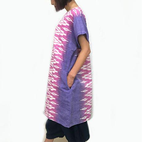 大きいサイズの草木染、藍染、手織綿、絣織の半袖チュニック、オールシーズン
